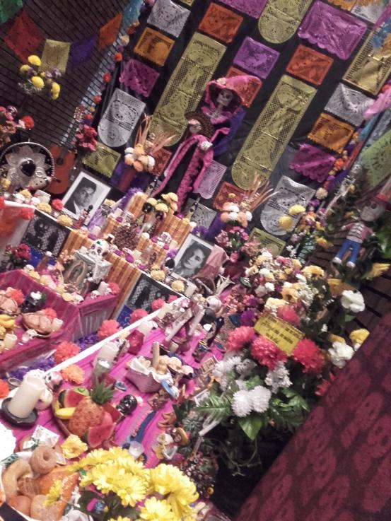 Claus Maywald Lara Maywald Mexikanisches Totenfest Ofrenda Rautenstrauch-Joest Museum Köln